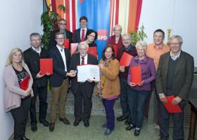 Verleihung der Willy Brandt Medaille an Gerhard Trautinger (Foto: Gronau)